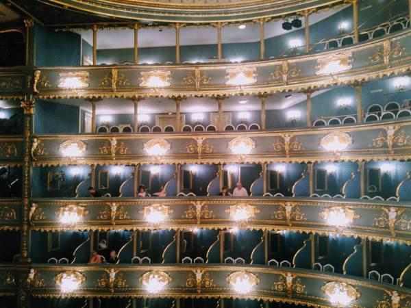 エステート劇場のボックス席