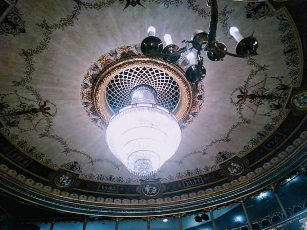 エステート劇場のシャンデリア
