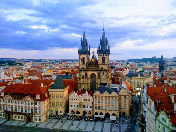 プラハ時計台から見た絶景