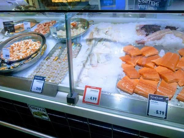 ヴィクトアリエンマルクトの鮮魚売り場