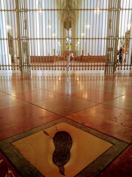 悪魔の足跡から見たフラウエン教会