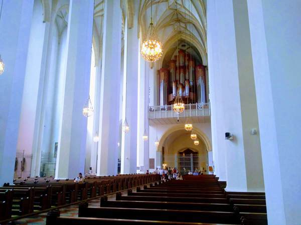フラウエン教会の内観画像