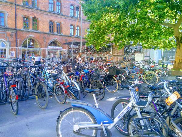 ミュンヘン市内の駐輪場