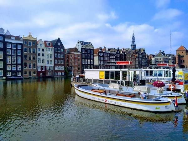 アムステルダム中央駅周辺の景観