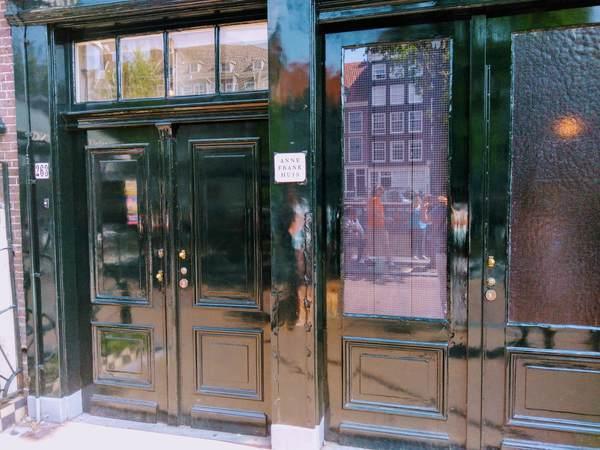 アンネ・フランクの家の玄関