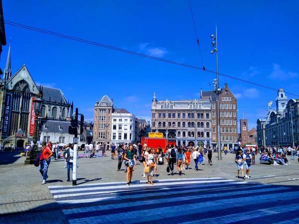 アムステルダムのダム広場