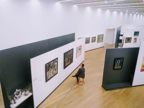 アムステルダム市立美術館の館内