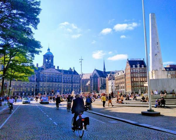 アムステルダムのダム広場周辺