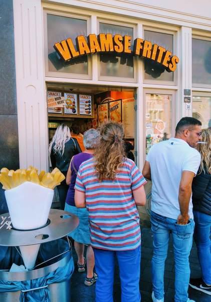 アムステルダムのフライドポテト屋