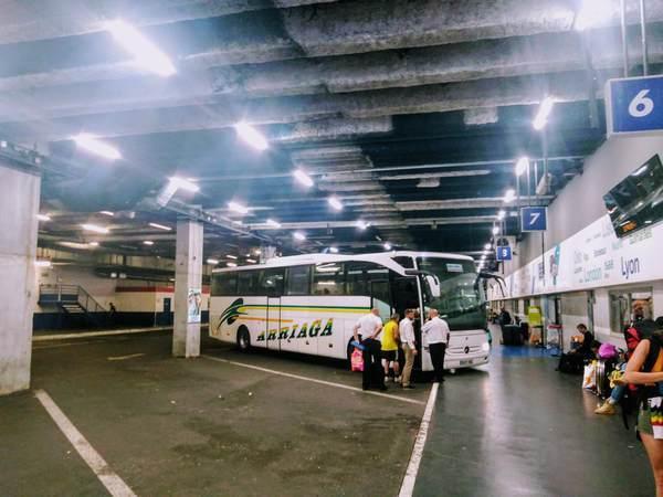 パリ=ガリエニ国際バスターミナルの停留所