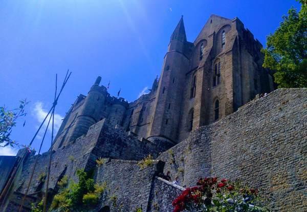 モンサンミッシェルの修道院の入口