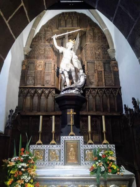 サンピエール教会の大天使ミカエル