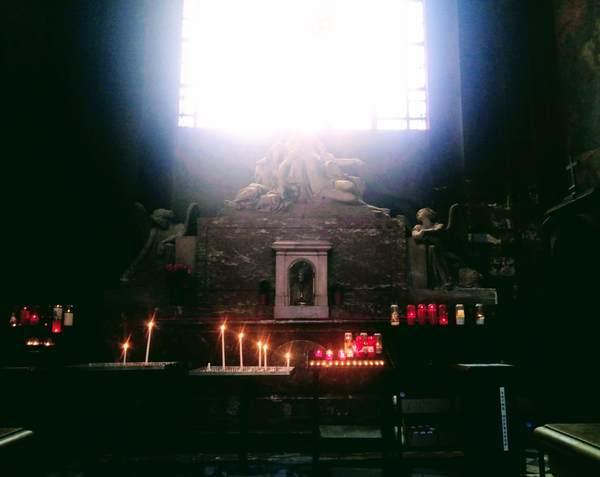 サン・シュルピス教会にある煉獄の魂の礼拝堂