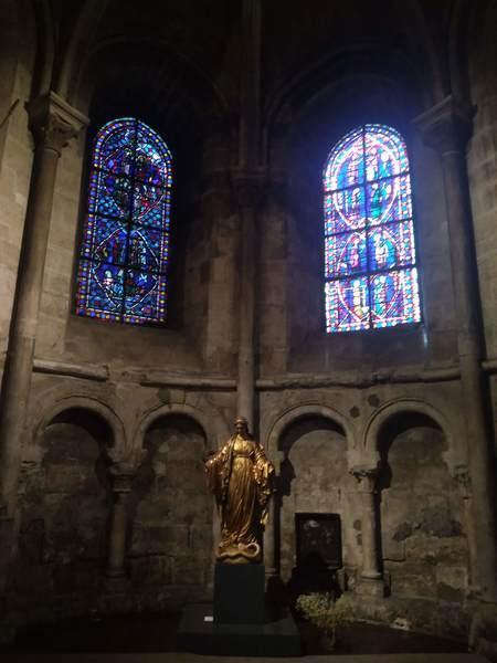 サン・ジェルマン・デ・プレ教会のステンドグラス