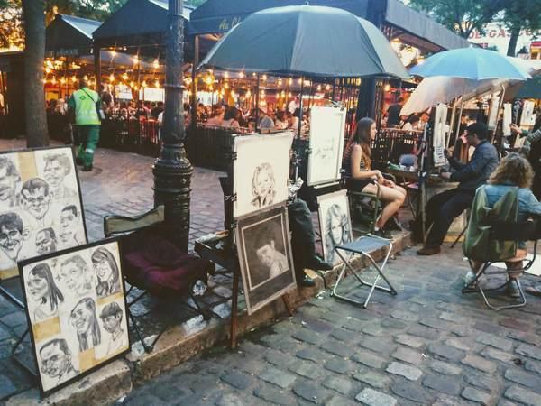 テルトル広場で見かけた似顔絵アート