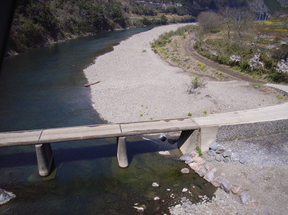 四万十川に架かる沈下橋