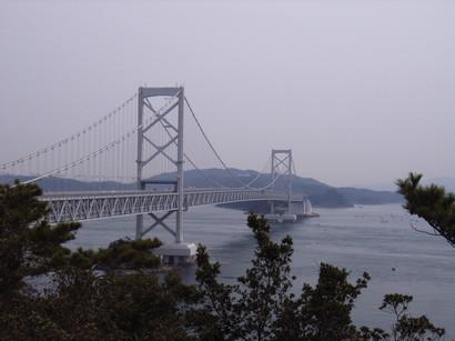 お茶園展望台から大鳴門橋を望む