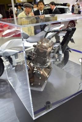 新開発油冷エンジン