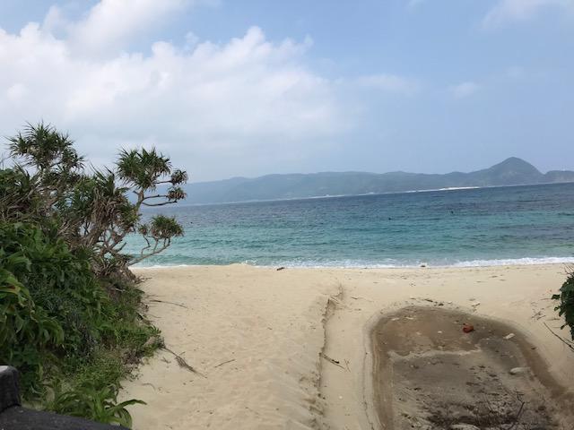 隠れ家綺麗な崎原ビーチ