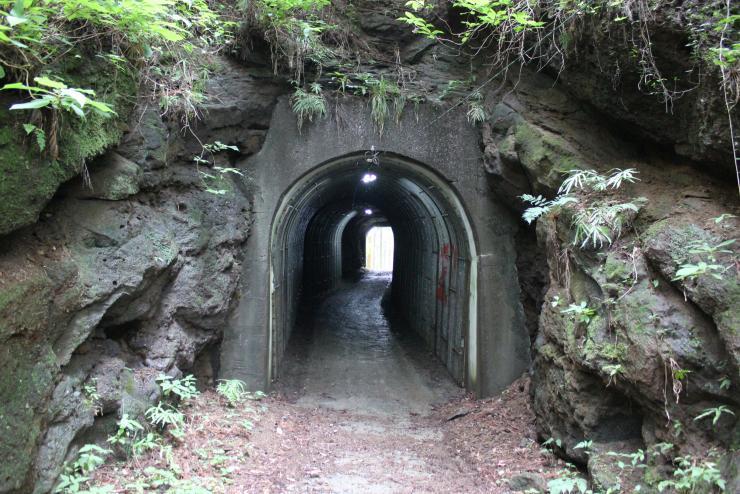 あか姉が閉じ込められた日野のトンネル