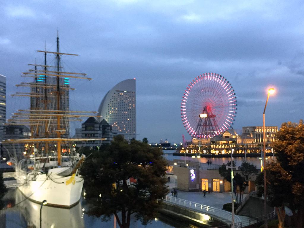 クリスマスも控え横浜の夜景はキレイ