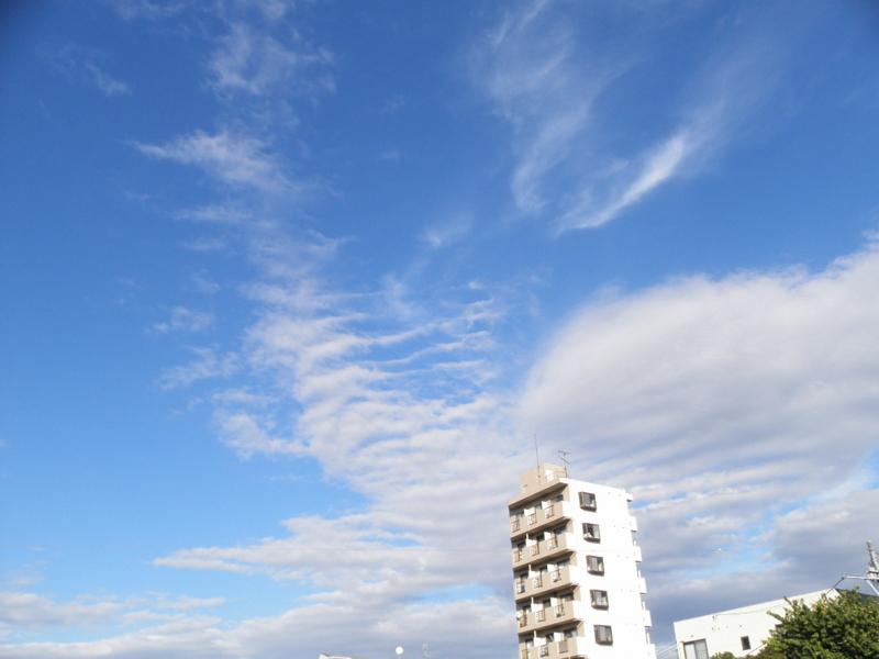 2011/10/03/青空