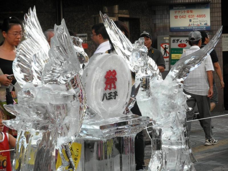 2012/08/03/氷の彫刻「鳳凰」1