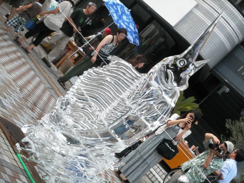 2012/08/03/氷の彫刻