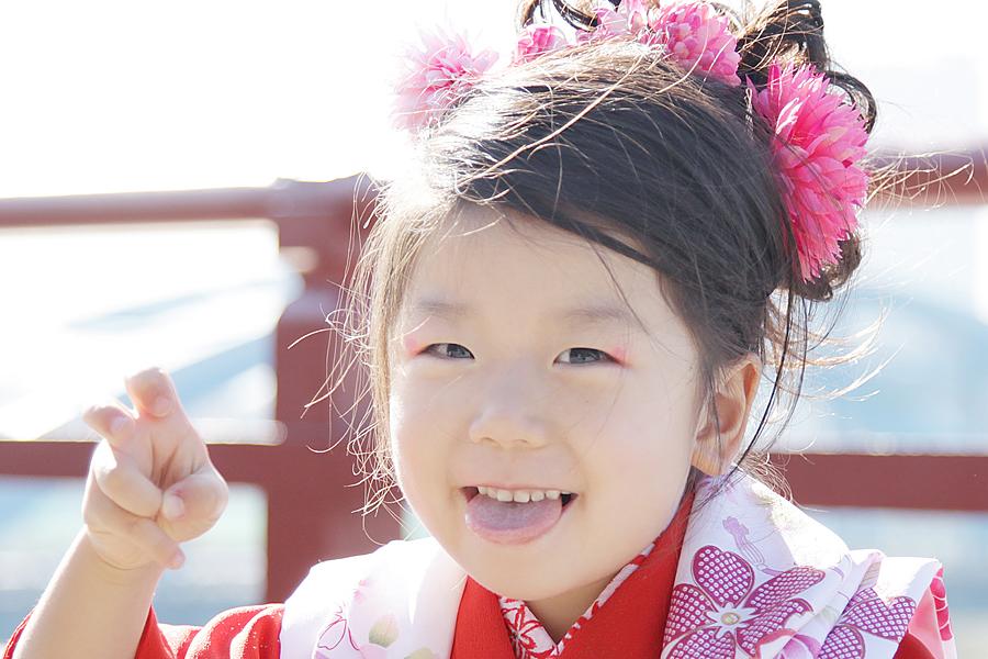晴天にめぐまれた11月の下旬。太田区・多摩川浅間神社にて3歳の女の子の七五三を出張撮影させていただきました
