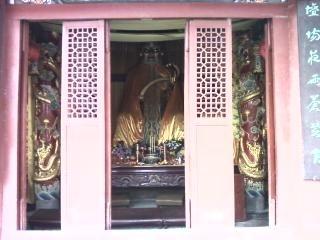 河南鹿邑太清宫07(太极殿里的神像)
