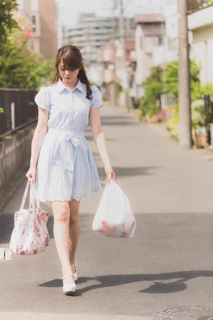 日常生活で手放せない習慣コンビニ袋の収集は今はもう必要のない習慣