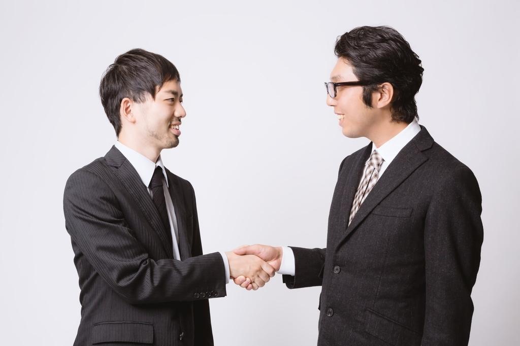 親しい人同士でもタメ口じゃなく敬語やていねい語で会話するわけ