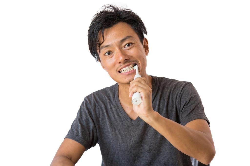 舌の先のできもの口腔がん検診で歯ぐきの歯石を発見された
