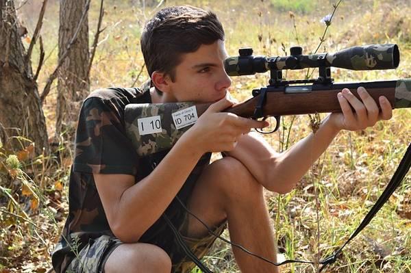 sniper-1676118_640