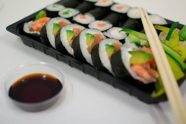 sushi-933550_1280