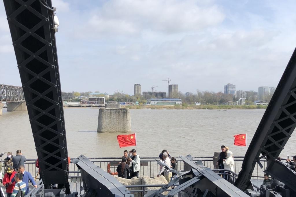 中国から見た北朝鮮と北朝鮮を見に来た観光客