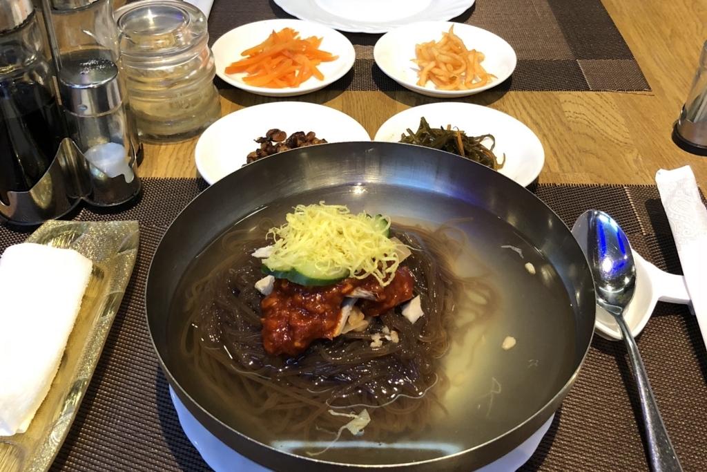 ウラジオストクの北朝鮮レストランの冷麺