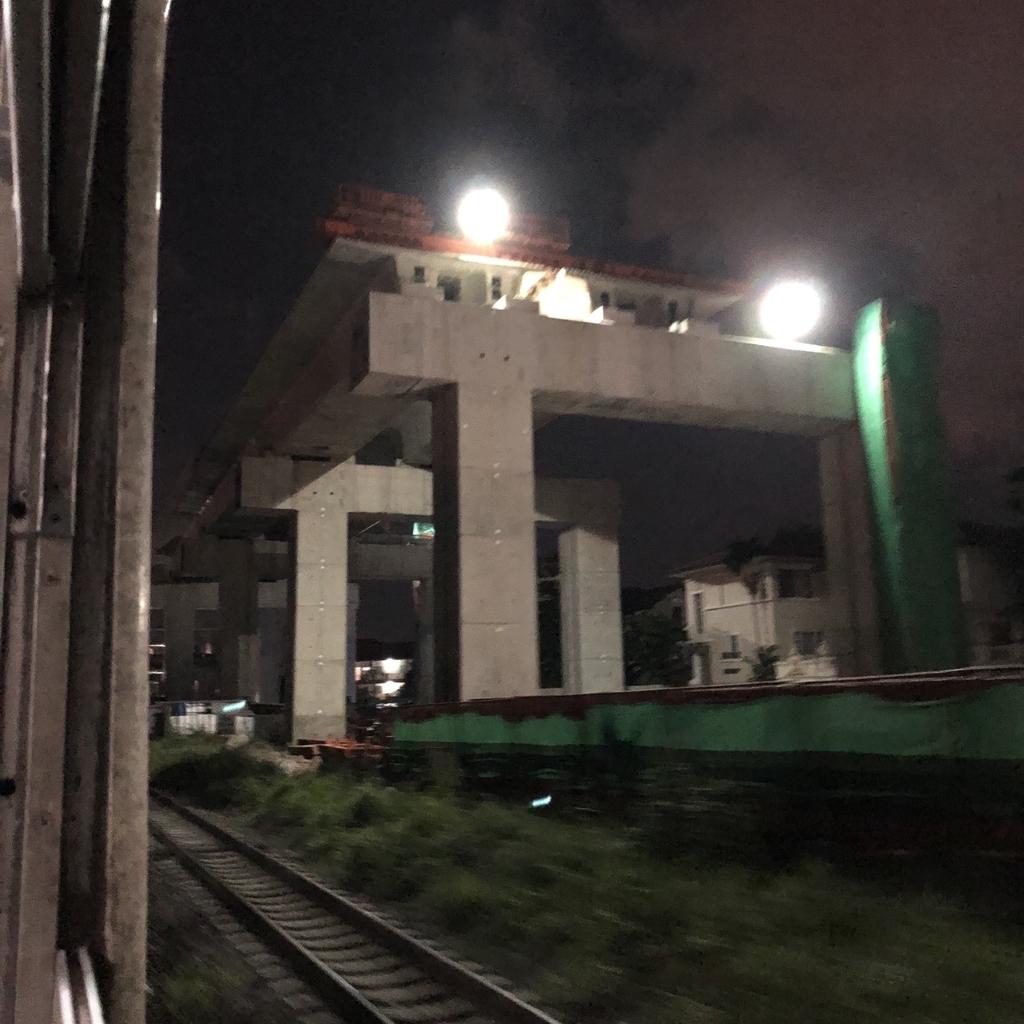 建設中の新しいドンムアン空港鉄道