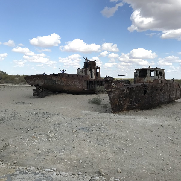 アラル海「船の墓場」