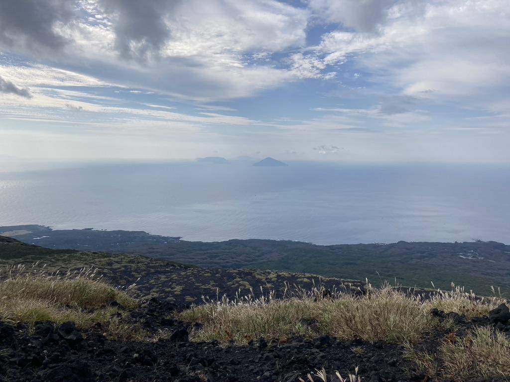 山頂から望む伊豆諸島