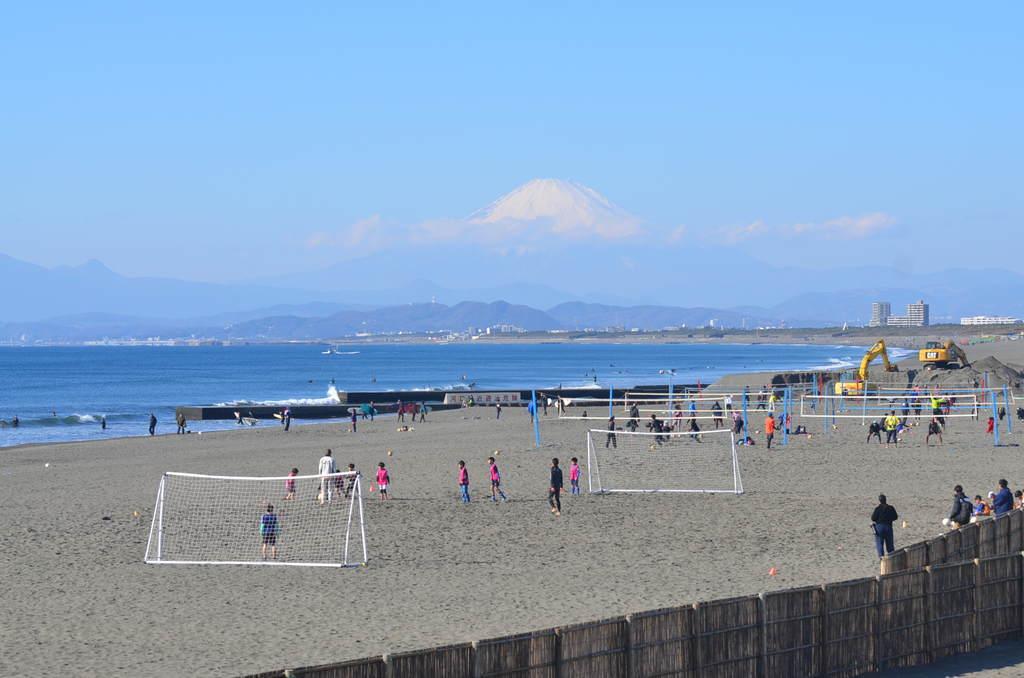 鵠沼からの富士山の眺め