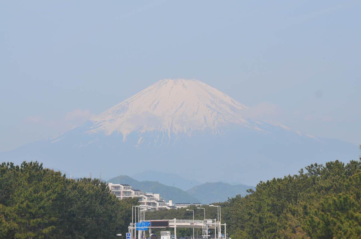 5月5日9:00頃の富士山