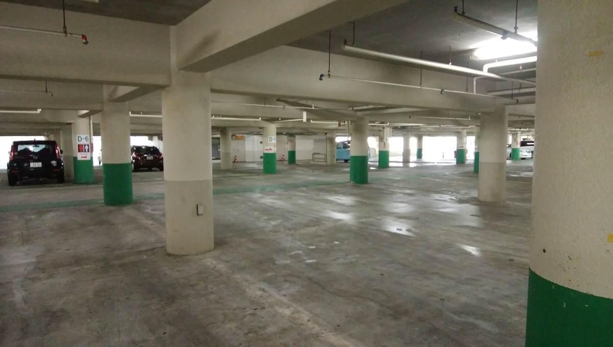 湘南海岸公園 西部駐車場