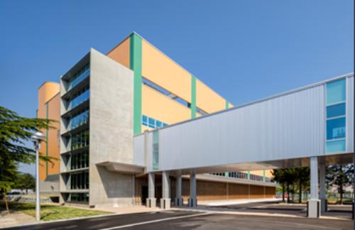 山形大学医学部東日本重粒子センター