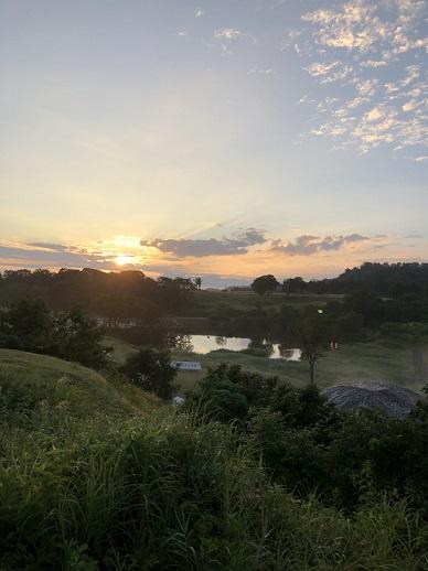 大厳寺高原キャンプ場の朝日