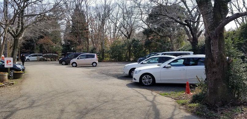 有野実苑オートキャンプ場 駐車場