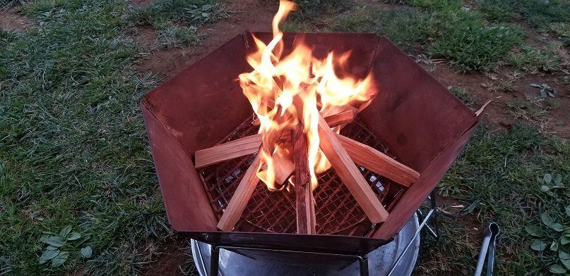焚き火 キャプテンスタッグ ヘキサステンレスグリル