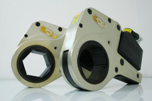 PLARAD 油圧トルクレンチ・センターホール型