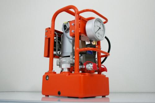 PLARAD 電動油圧ポンプPE100CF5(油圧トルクレンチ用)