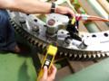 [油圧トルクレンチ][油圧レンチ][ウインドタービン][日本プララド][風力タービン][風力発電]ウインドタービンのピッチベアリング油圧レンチで組立て